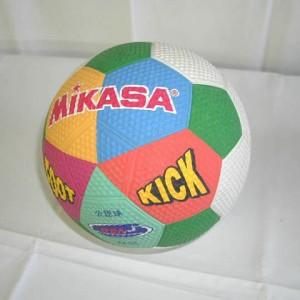 キックベースボール
