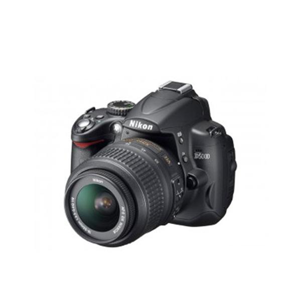 一眼レフ カメラ Nikon D5000